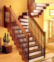 Интерьер коридоров с лестницами